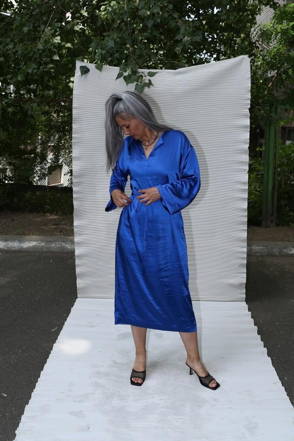 Платье атлас синее