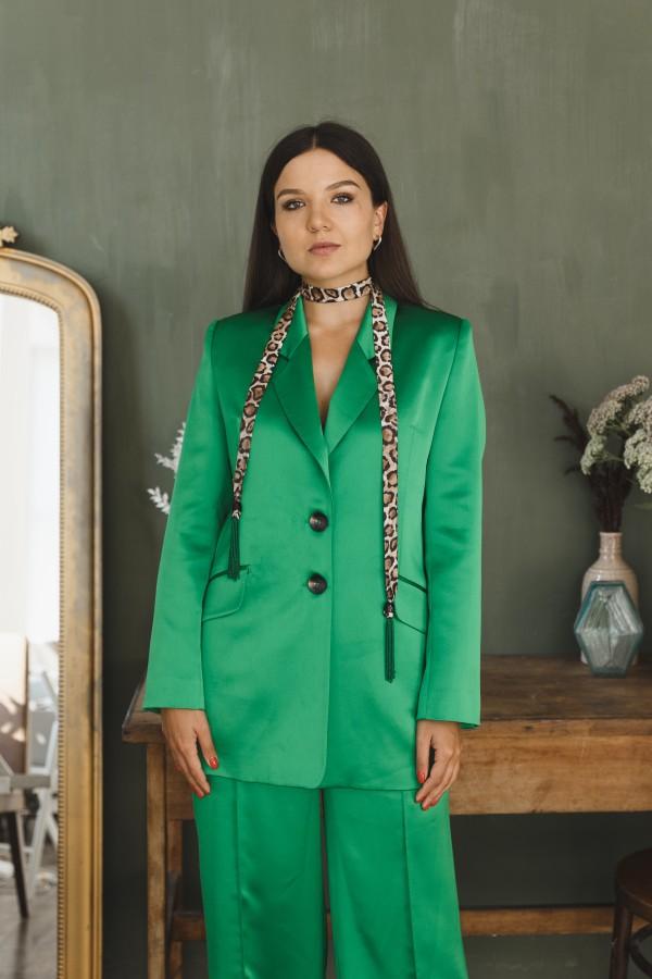 Пиджак атласный зеленый