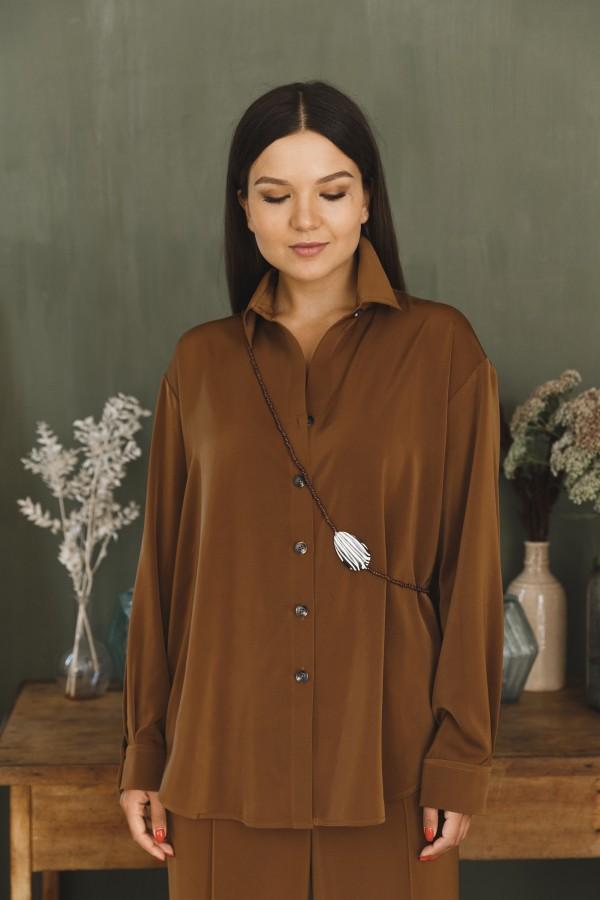 Рубашка коричневая атласная