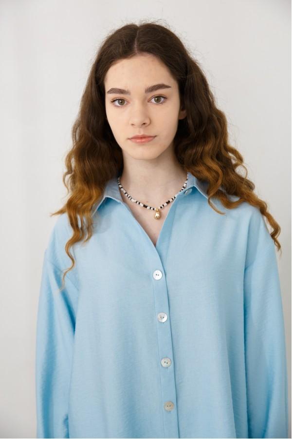 Рубашка голубая из льна